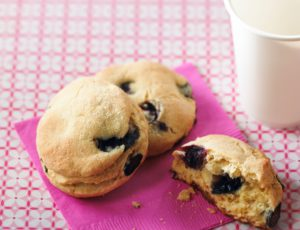 High-Energy Blueberry and Maple Bannock