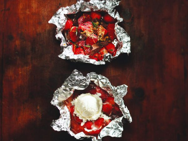 "Recipe — Maple-chocolate Strawberries ""En Papillote"""