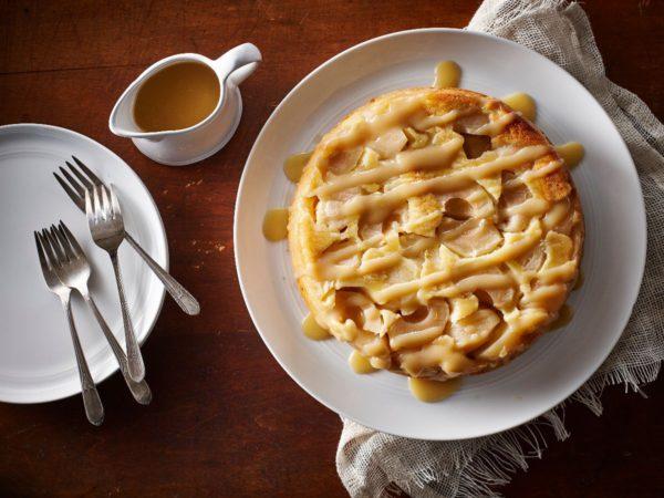 Recipe — Reversed Apple Cake with Maple Sauce