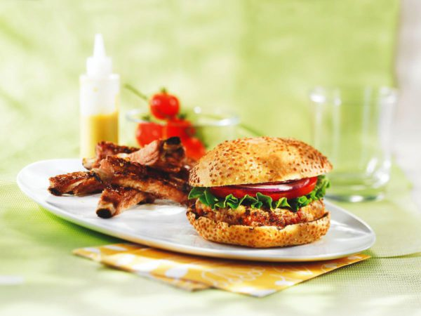 Recipe — Maple-flavoured Turkey Hamburgers