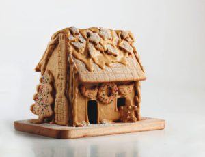 Old-Fashioned Gingerbread House