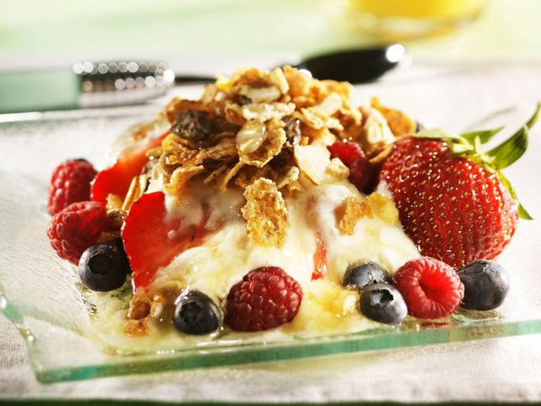 Recipe — Muesli with Berries and Maple Syrup