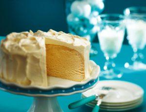 Maple Pavlova Cake