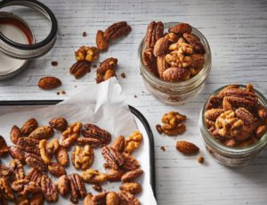 Crunchy Nuts with Maple Syrup