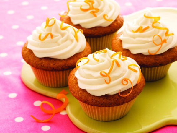 Recipe — Maple-frosted Spice Cupcakes