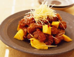 Sour Fried Pork with Mango and Maple Syrup