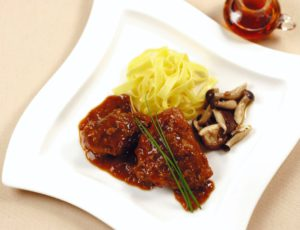 Chicken Braised in Red Wine with Maple Syrup