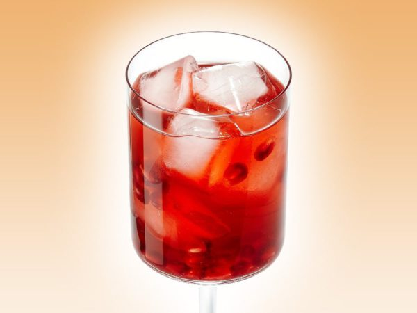 Recipe — Pomegranate and Maple Punch