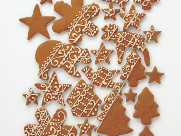 Recipe — Christmas Shortbread Cookies with Maple Lacing