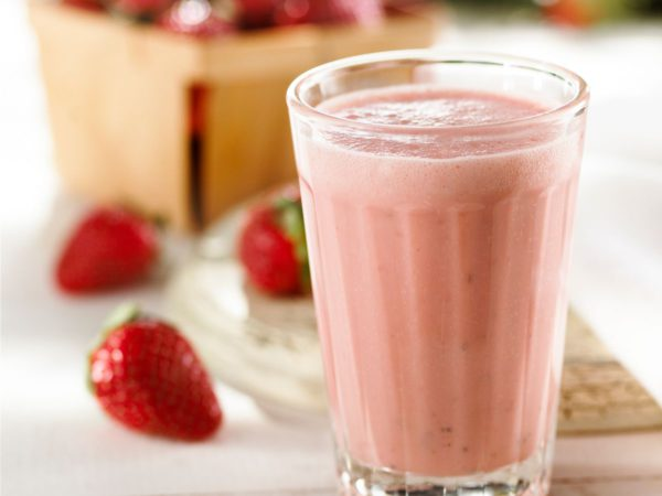 Recipe — Creamy Strawberry and Maple Smoothie