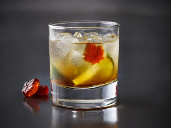 19-604_PPAQ_recettes_1200x900_cocktail_caipirinha_quebecois