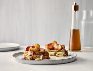 Maple Apple-Cinnamon French Toast
